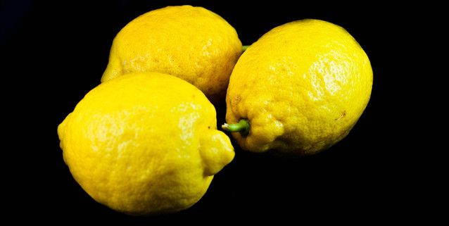 organic-lemon-fruit-1318420-638x320.jpg