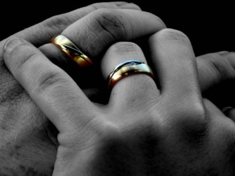 wedding-ring-1435725-640x480